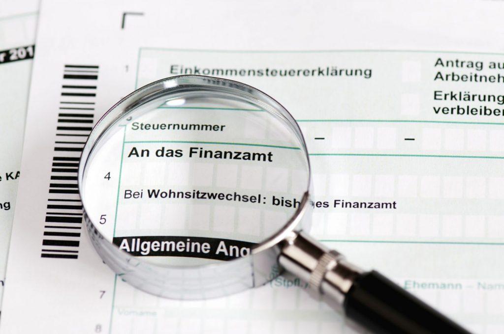 Steuererklärung: Arbeitnehmer können viel Geld sparen